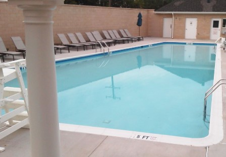 Pool located on 46th Place thumbnail